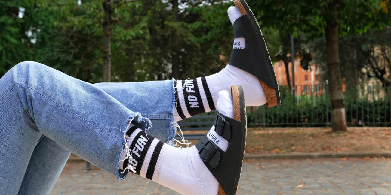 sandali con i calzini